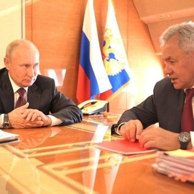 С Днем ВДВ десантников поздравил президент