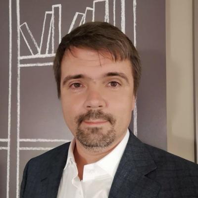 Тарас Вархотов