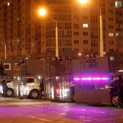 Милиция в Минске держит значительные силы у стелы