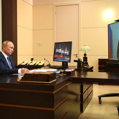 Путин: регионы должны обеспечить безопасность людей в связи с ростом заболеваемости