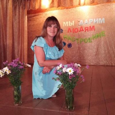 Победившая на выборах уборщица приступила к работе и попросила называть её Маринкой