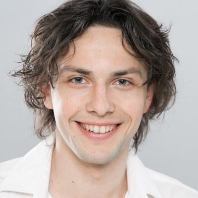 Степан Лапин