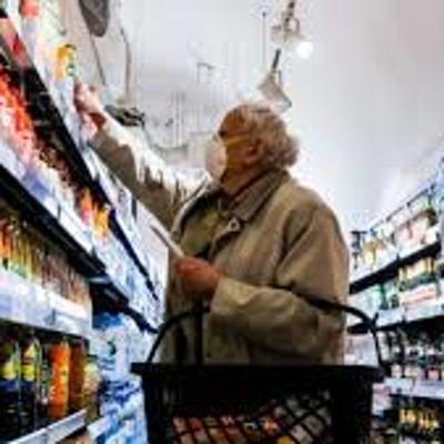 Путин предложил правительству вернуться к теме стабилизации цен на продукты