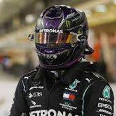 Льюис Хэмилтон стал победителем 15-го этапа