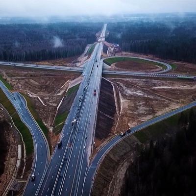 Кабмин выделил 100 млрд рублей на развитие дорог
