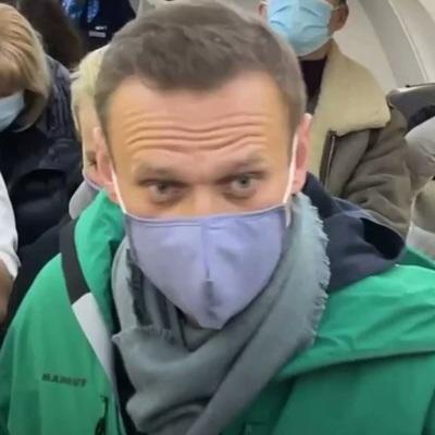 Алексей Навальный арестован на месяц – до 15 февраля