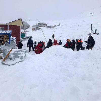 Домбай: Среди туристов, зарегистрированных в гостиницах, пропавших не обнаружено