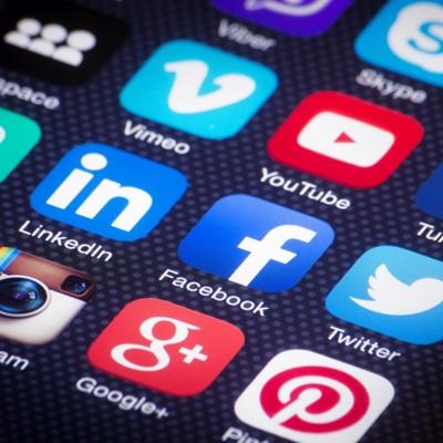 Лавров призвал к созданию международных правил регулирования в соцсетях