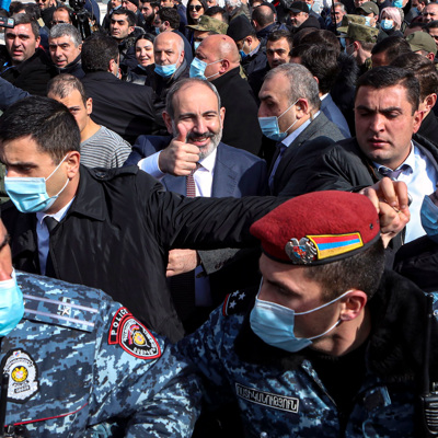 Пашинян призвал все политические силы начать диалог с властями