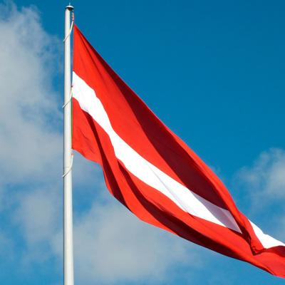 Правительство Латвии приняло решение ввести в стране жесткий локдаун
