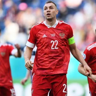 Сборная России по футболу прилетела в Копенгаген