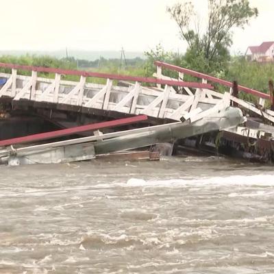 Специалисты приступили к ремонту мостов, поврежденных паводком в Приамурье