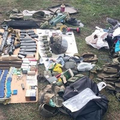 Появились фото арсенала воронежского преступника