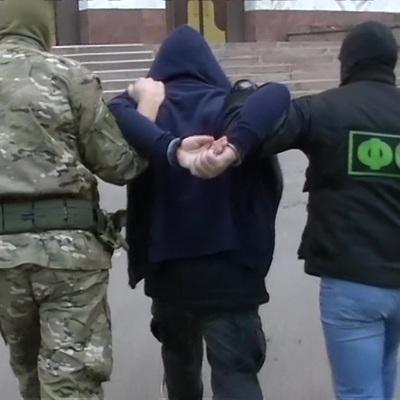 ФСБ задержала в 18 регионах России 48 подпольных оружейников