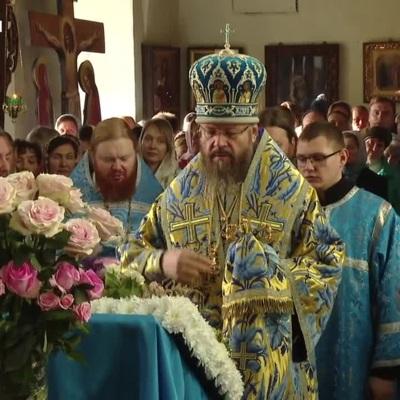 Православные отмечают праздник Покрова Пресвятой Богородицы