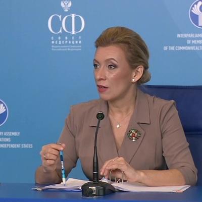Захарова назвала бездоказательными обвинения НАТО российских дипломатов в шпионаже