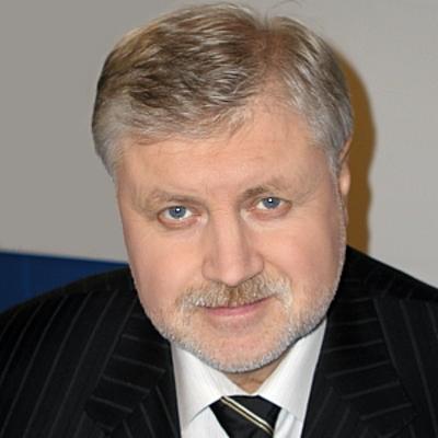 Миронов надеется на поддержку Владимиром Путиным законодательных инициатив эсеров