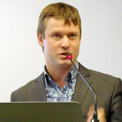 Леонид Развозжаев