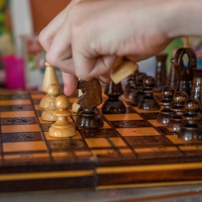 Выставка шахмат открылась на станции московского метро «Воробьевы горы»