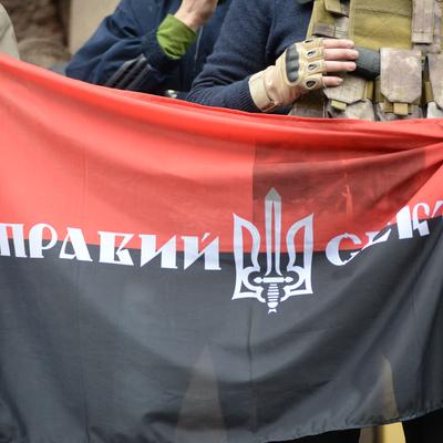 Националисты готовы к штурму здания украинского парламента