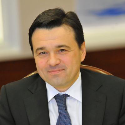Андрей Воробьёв надеется, что со следующей недели в МФЦ откроется часть услуг для физлиц