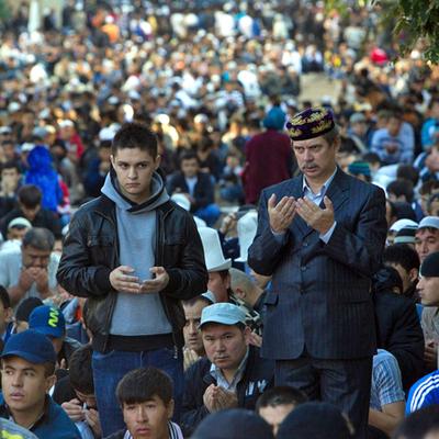 Миллионы мусульман отмечают праздник Ураза-байрам