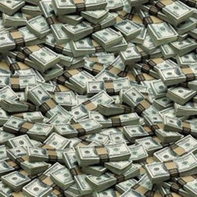 Миллиардеры мира оказались богаче 4,6 миллиарда человек