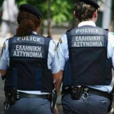 Греческие полицейские обнаружили восемь посылок со взрывчаткой