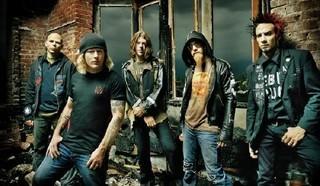 Slipknot  ( «петля», «удавка») — американская метал-группа