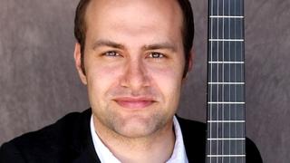 Ровшан Мамедкулиев, гитарист /http://mamedkuliev.ru/