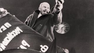 """Кадр из Х/ф """"Октябрь"""""""