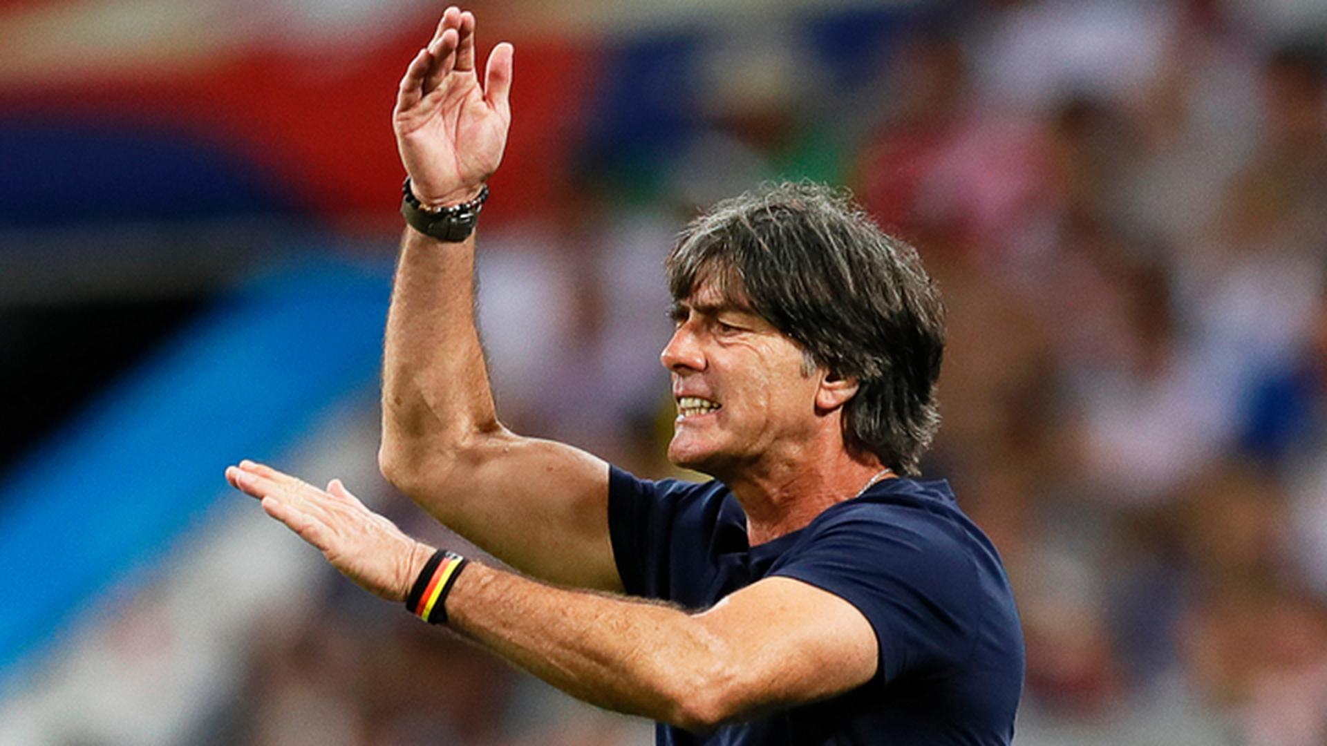 Лёв будет руководить сборной Германии до 2022 года
