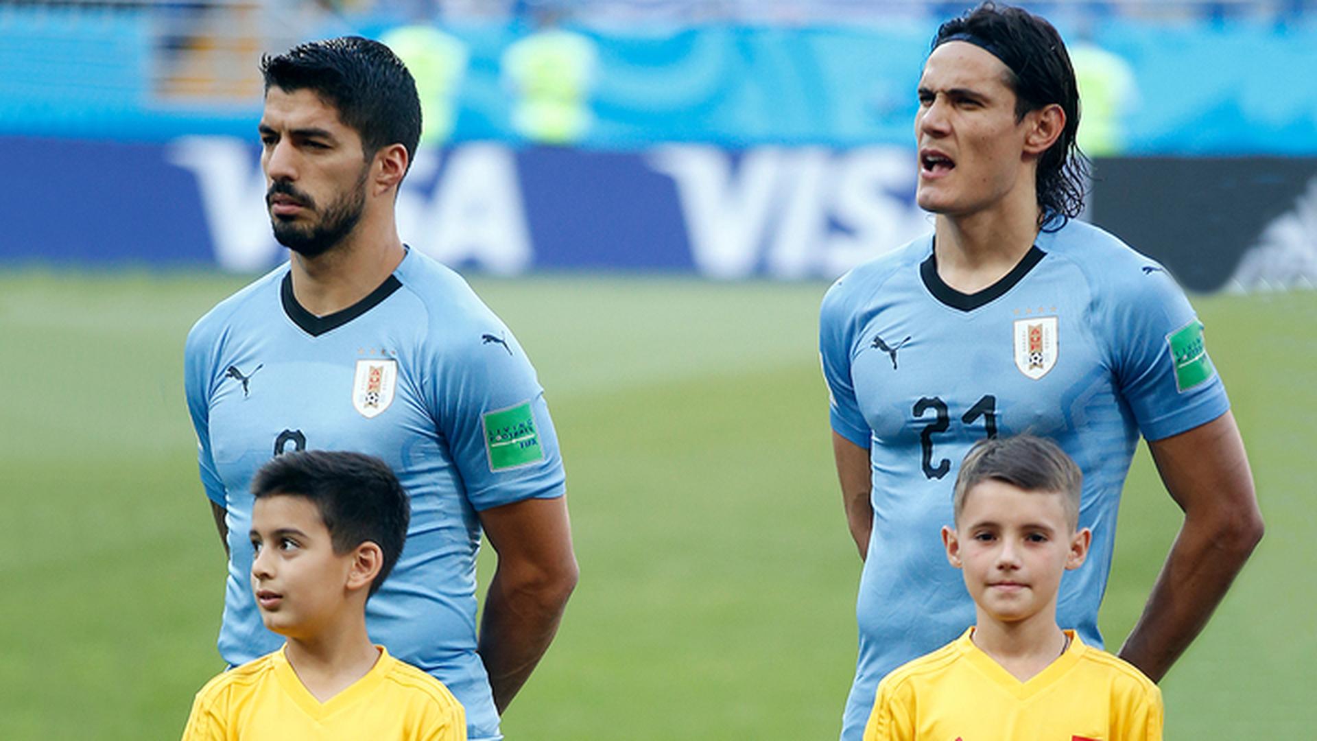 Суарес и Кавани поведут за собой партнеров в матче против португальцев
