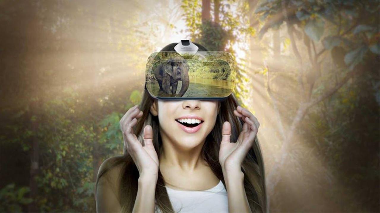 Самсунг создаёт шлем виртуальной реальности GearVR