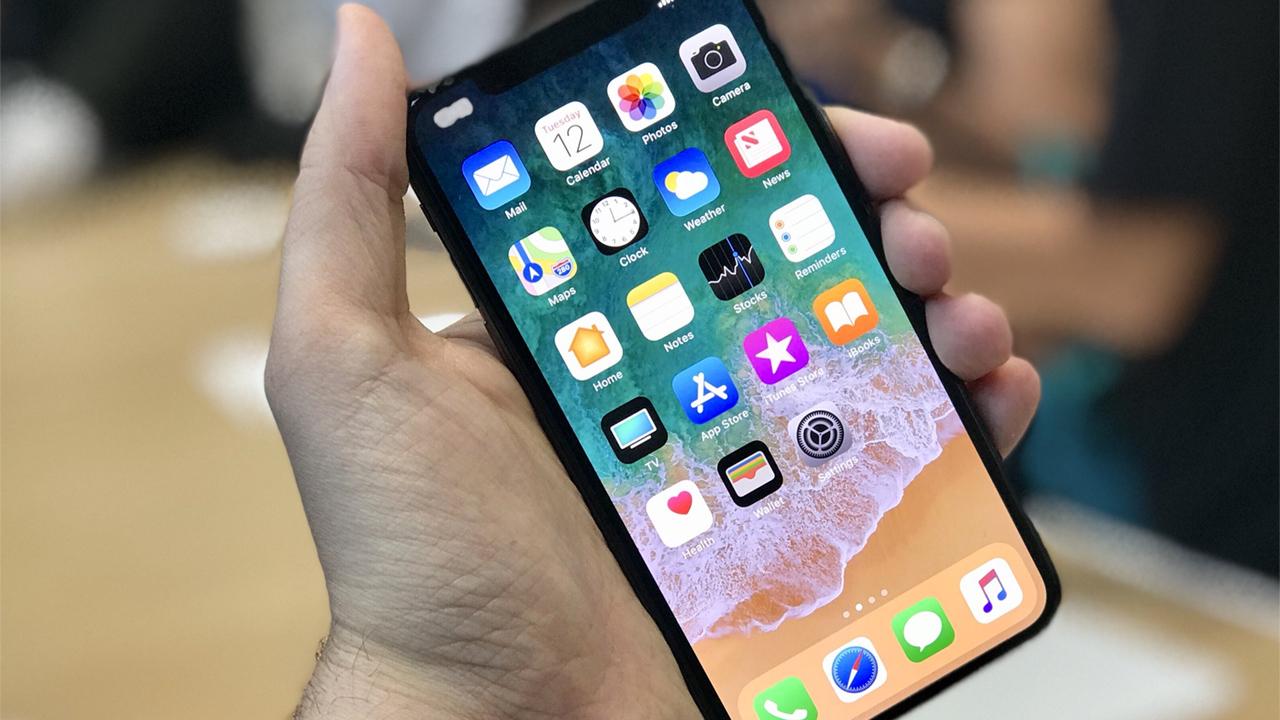 Репортер  поведал  опервых впечатлениях отiPhone X