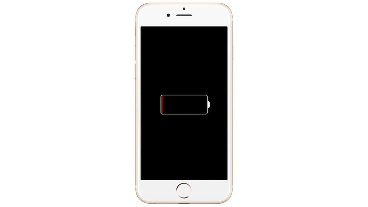 Apple искусственно сдерживает iPhone— юзеры