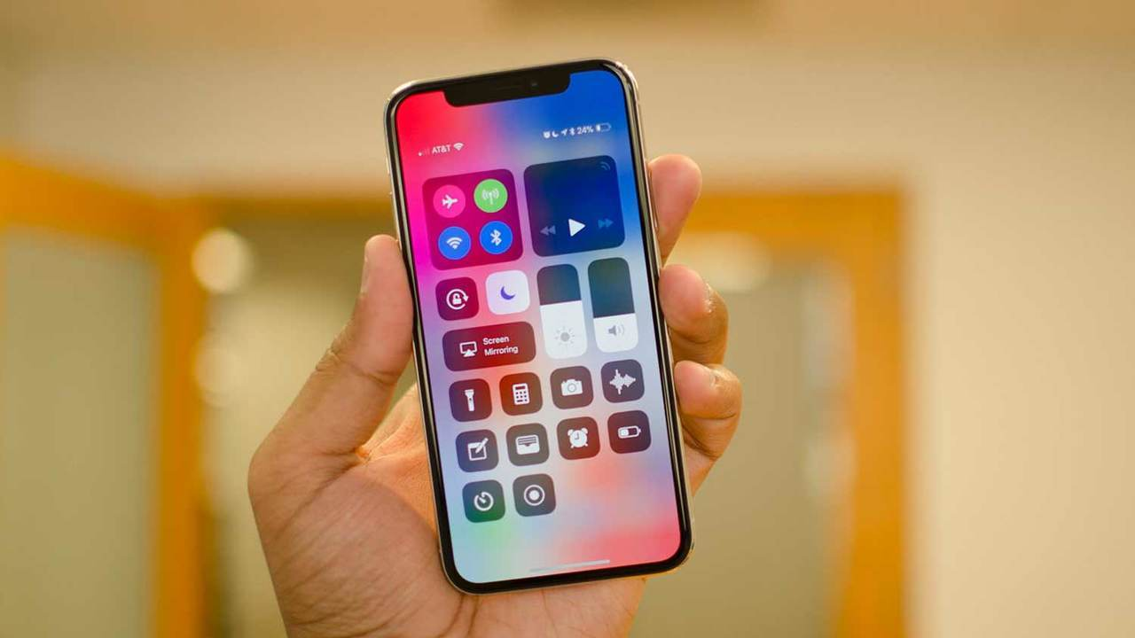 Apple откажется от обычных названий iPhone