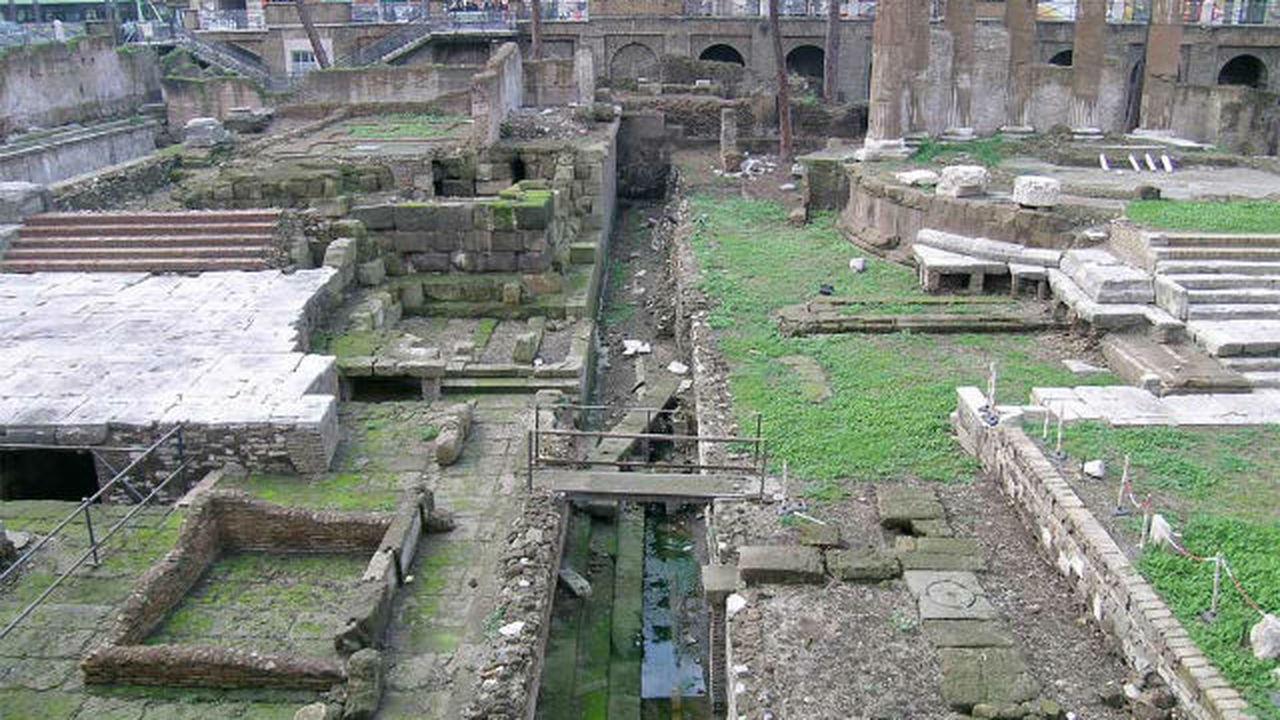 Археологи нашли точное место убийства Юлия Цезаря