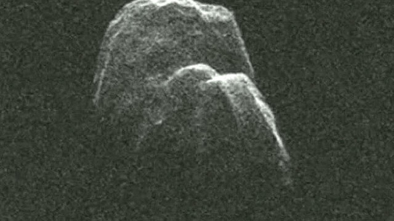 Астероид, способный устроить конец света, пролетит мимо Земли