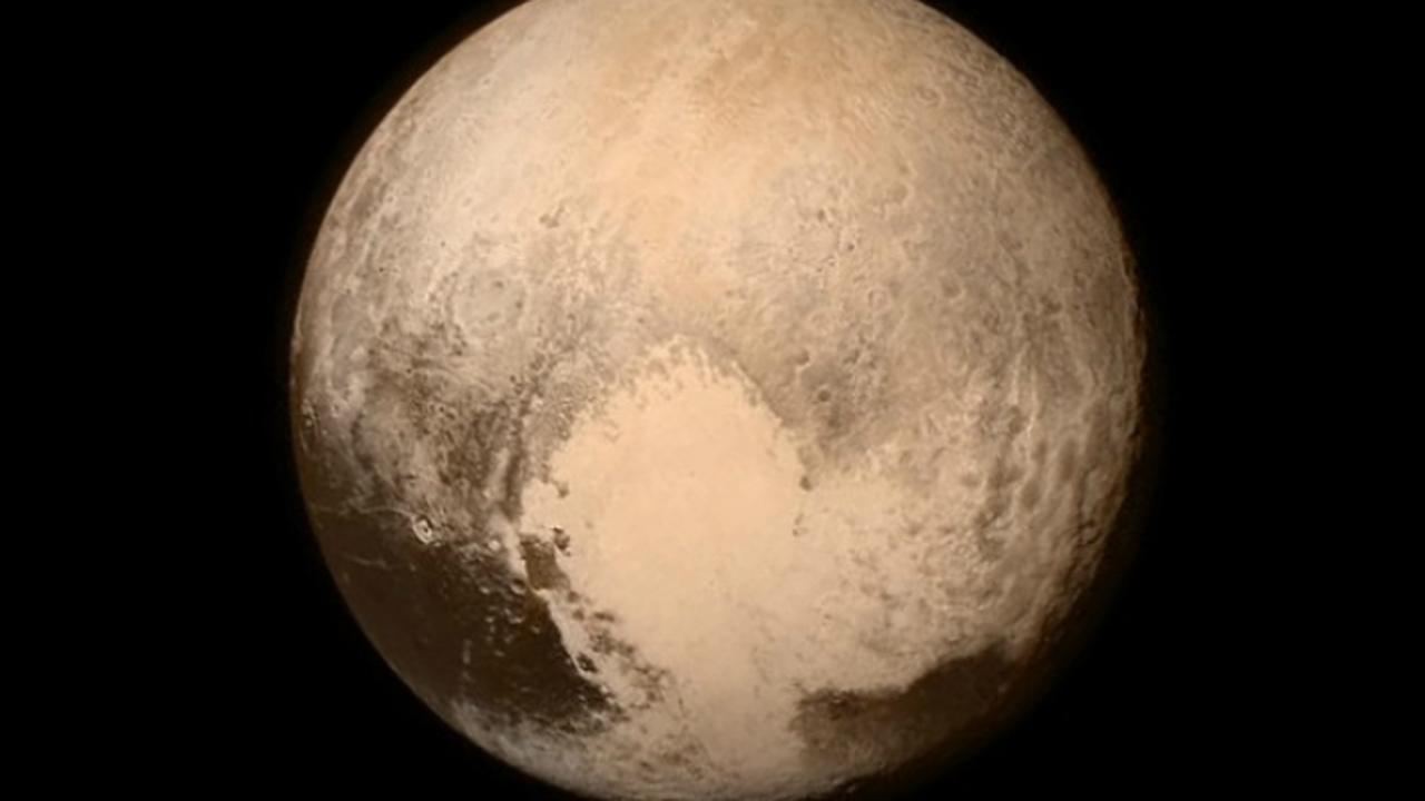 New Horizons приблизился к Плутону и продолжил свой путь за пределы Солнечной системы