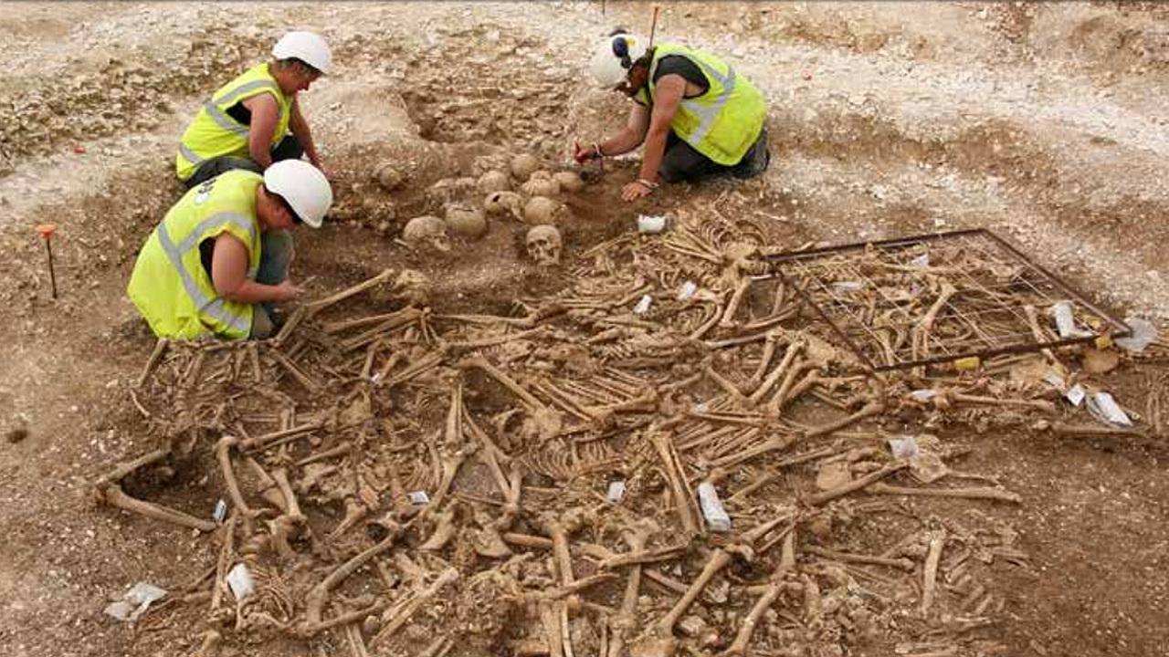 Внезапно: развитие британской экономики под угрозой из-за дефицита археологов