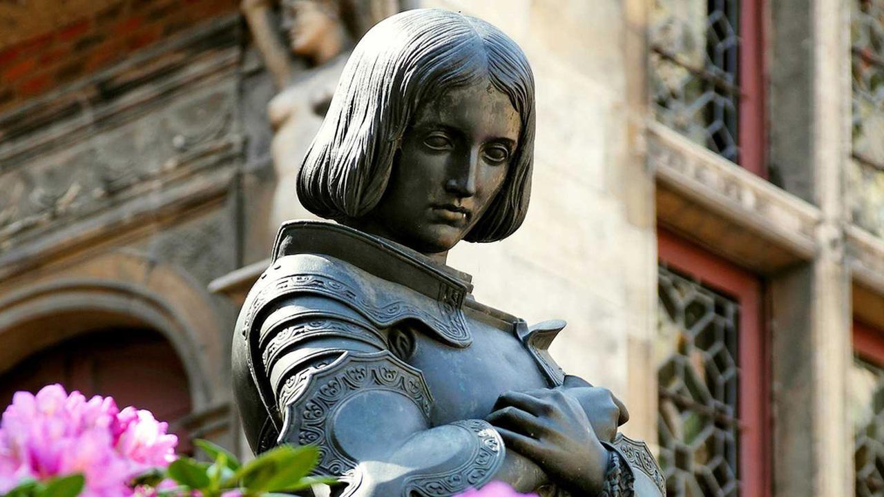 Жанна д'Арк: больная или святая? В списке заочных диагнозов пока лидирует эпилепсия
