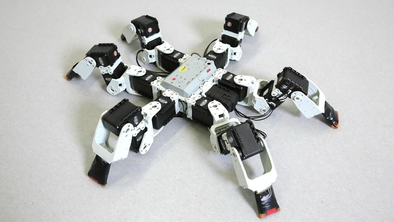 Инженеры наделили насекомоподобного робота сверхскоростной походкой