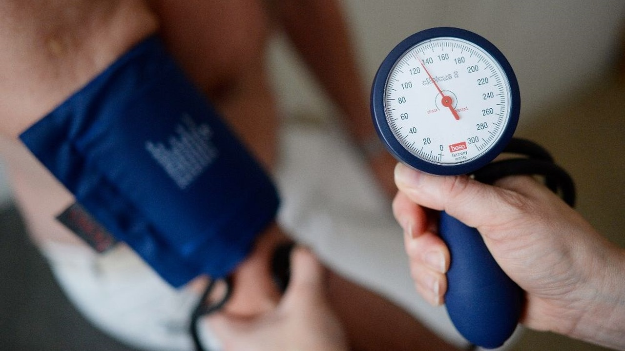 """Медики установили новый """"золотой стандарт"""" безопасного значения кровяного давления"""