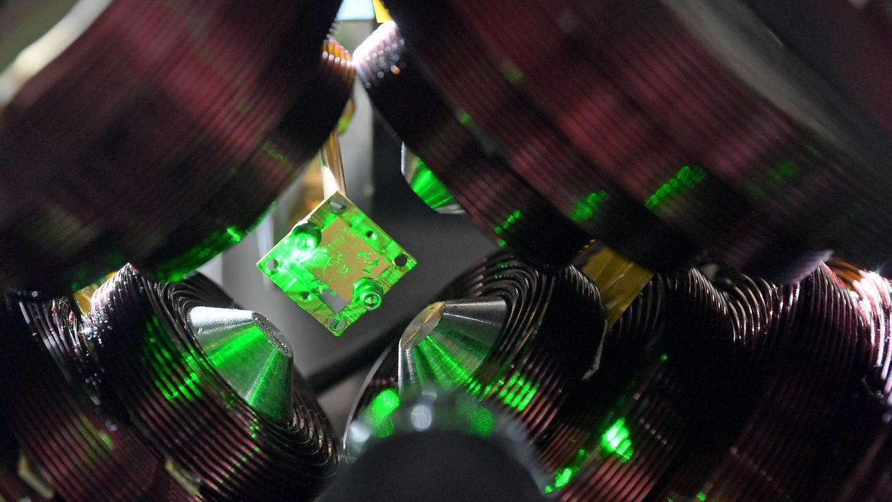 Российские физики повысили энергию света, отобрав у него фотоны