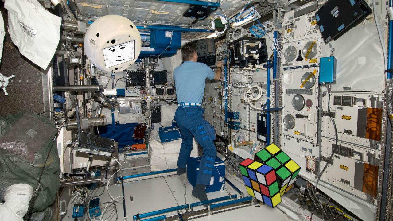 На МКС отправился круглый робот с искусственным интеллектом