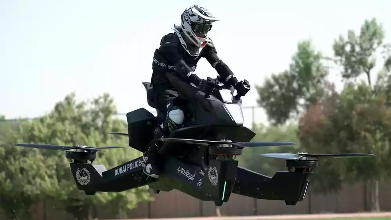 Летают все: российские инженеры открыли предзаказы на легендарный ховербайк Scorpion 3