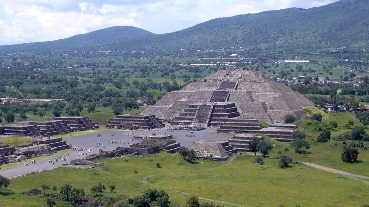 """Вход в царство мёртвых: под пирамидой """"Города богов"""" в Мексике найдены подземные сооружения"""