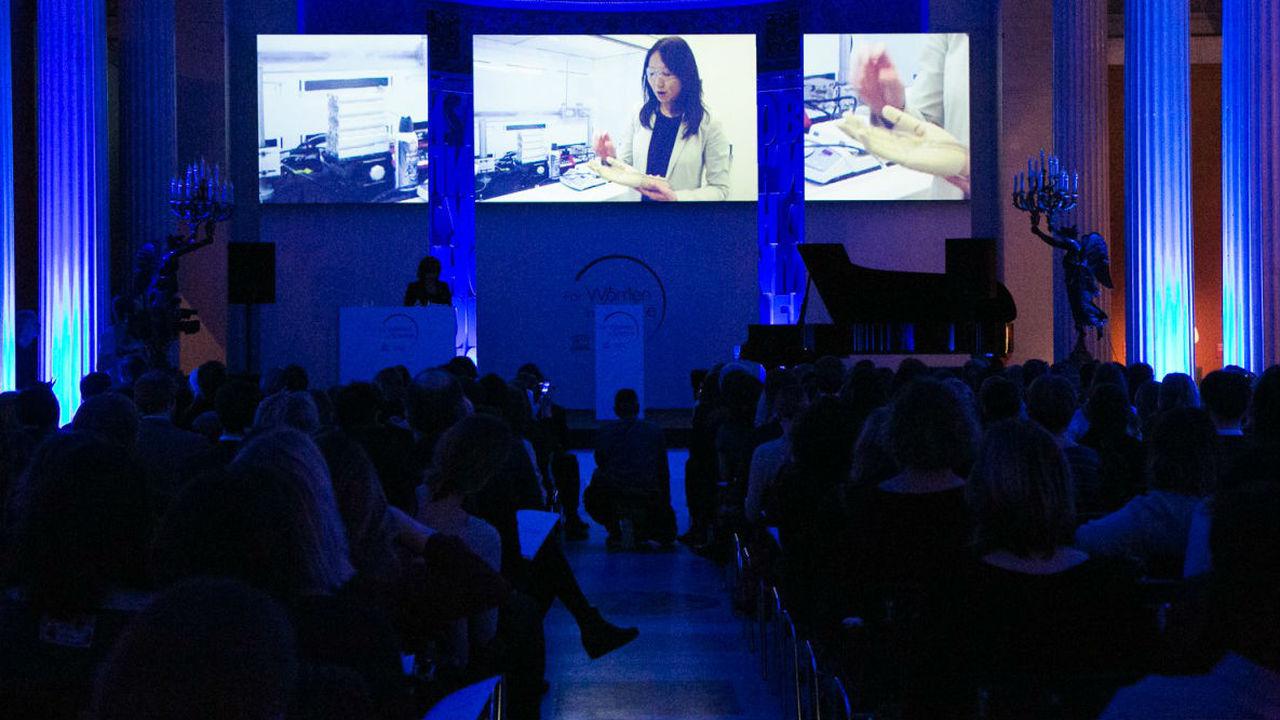 Десять российских женщин-учёных получат стипендии L'Oreal-ЮНЕСКО