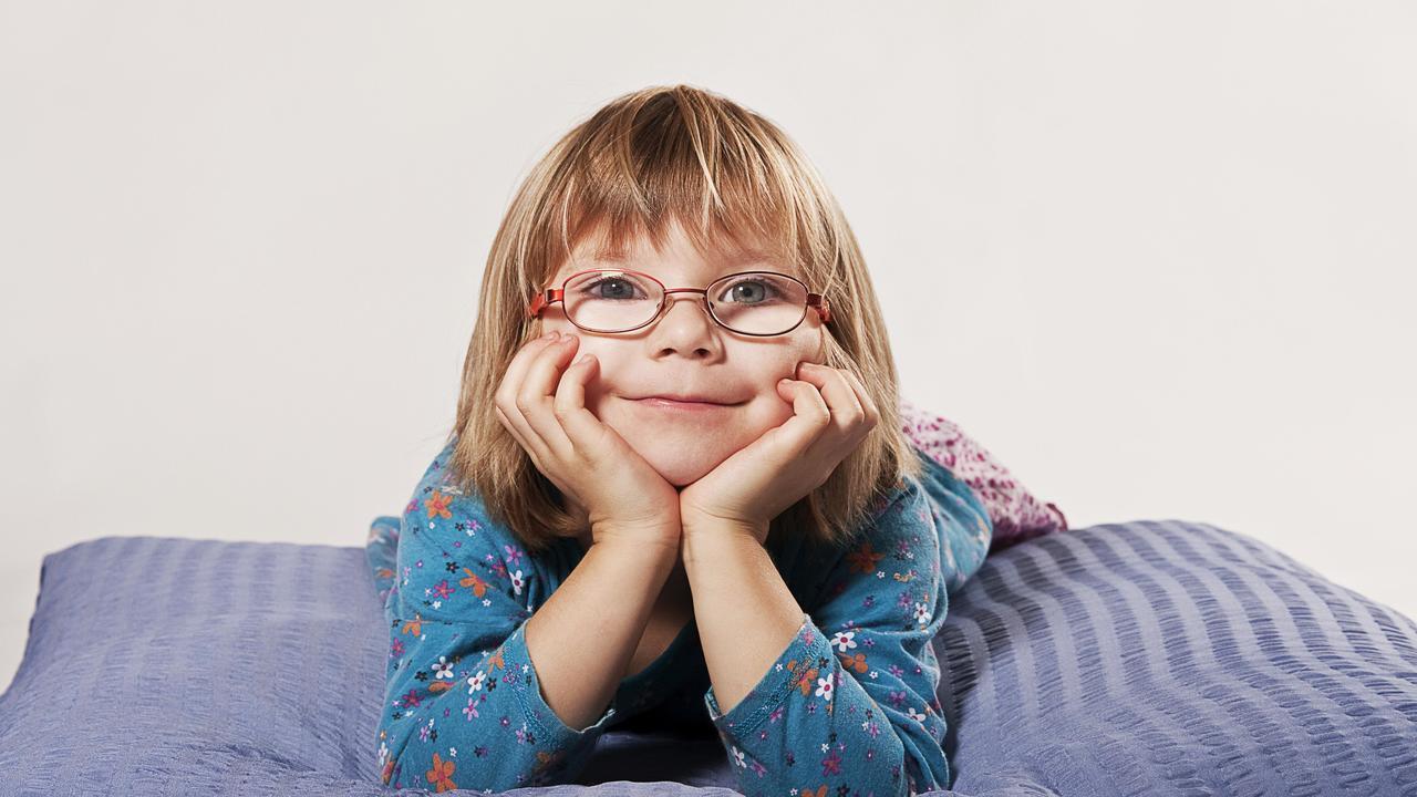 Вирус, убивающий рак, может бороться с опасной опухолью сетчатки глаза у детей